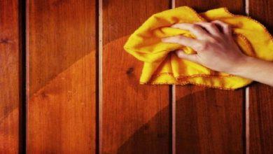 تنظيف الأثاث الخشبي بطرق بسيطة